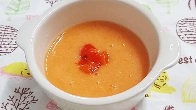 パプリカとじゃがいものスープ