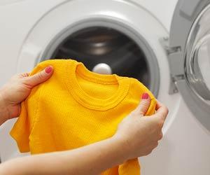 ベビー服を洗濯する